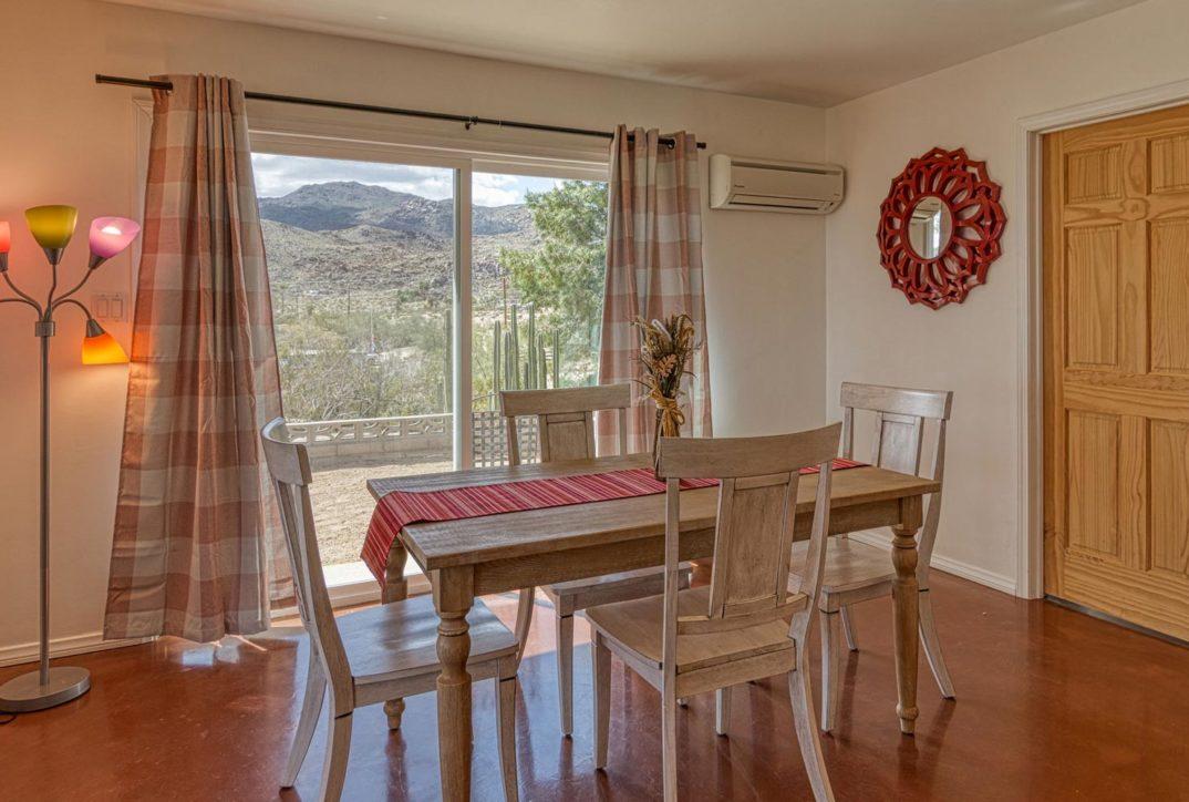 Harmonic House rental dining room